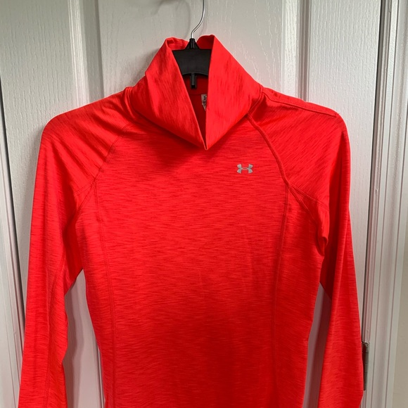 Under Armour Tops - Under Armour Cold Gear Fitted Top